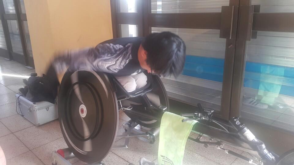 휠체어경주 연습I-사진1