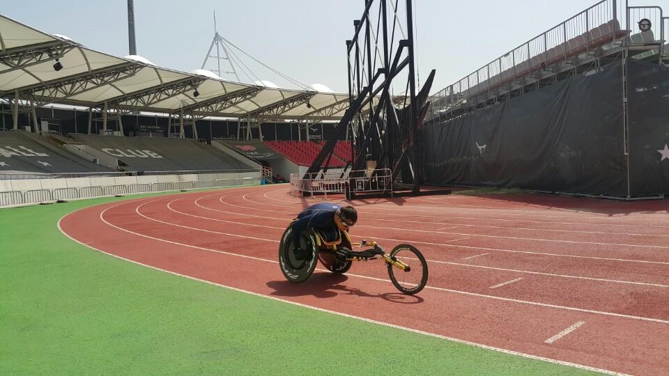 휠체어경주 연습II-사진1
