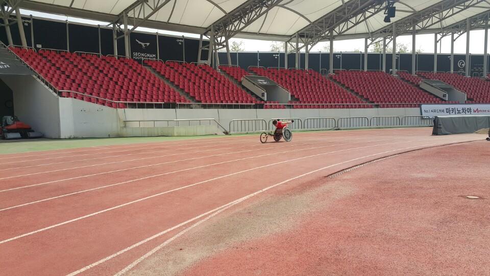 휠체어경주 연습II-사진2
